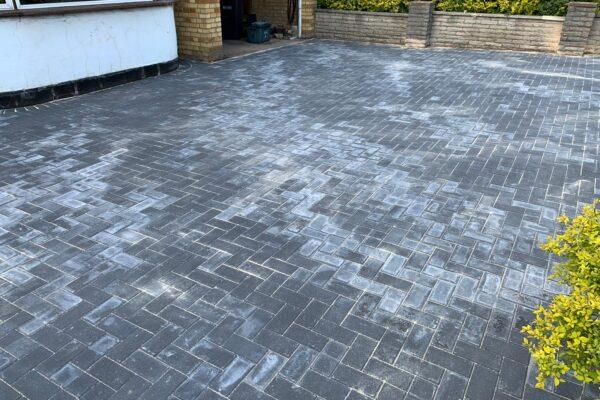 new bloxk paving driveway installed hertfordshire