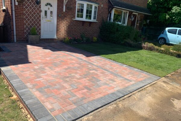 Brindle & Charcoal Block Paving Driveway in Harpenden