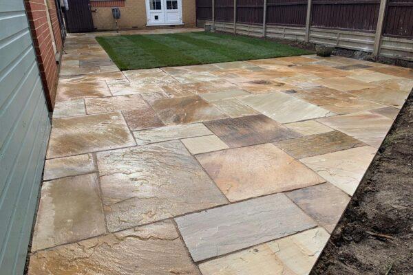sandstone paving contractors hitchin